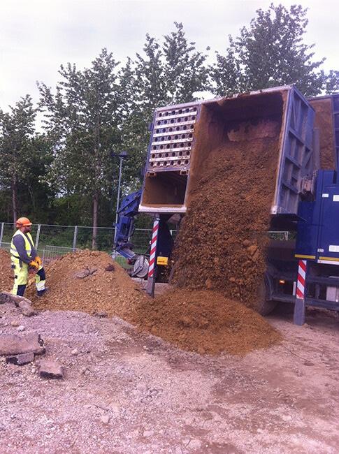 Vacuum Excavation unloading on site
