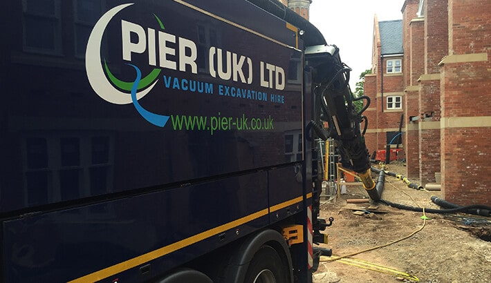 Vacuum Excavator with extension pipework